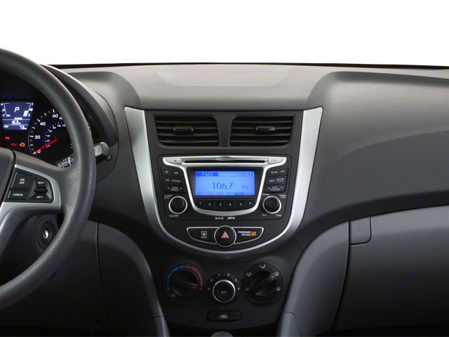 2013 Hyundai Accent Prices and Values Hatchback 5D SE center dashboard