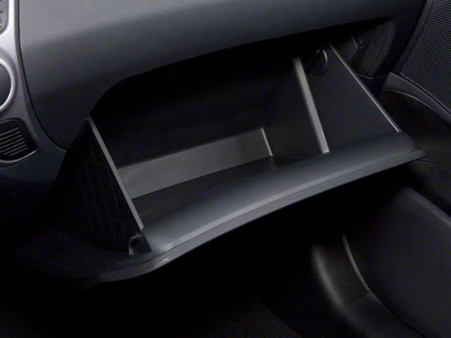 2013 Hyundai Tucson Prices and Values Utility 4D GLS 2WD glove box
