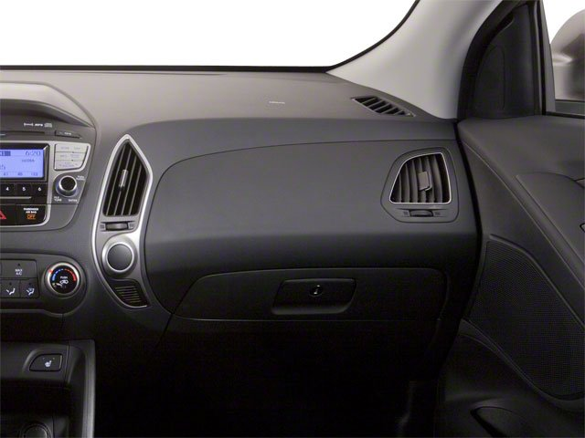 2013 Hyundai Tucson Prices and Values Utility 4D GLS 2WD passenger's dashboard
