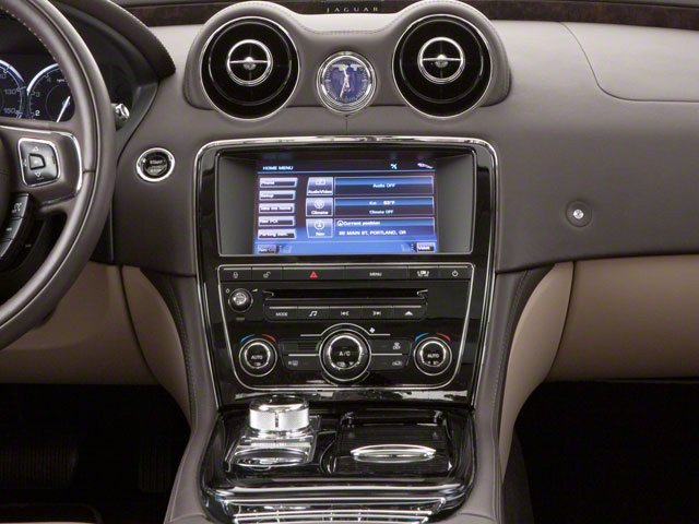 2013 Jaguar XJ Prices and Values Sedan 4D AWD V6 center console