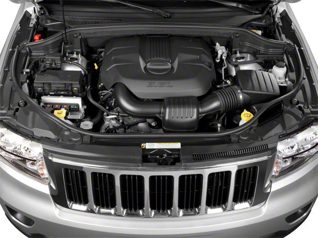 2013 Jeep Grand Cherokee Pictures Grand Cherokee Utility 4D Overland 4WD photos engine
