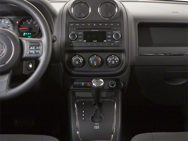 2013 Jeep Patriot Prices and Values Utility 4D Sport 2WD center console