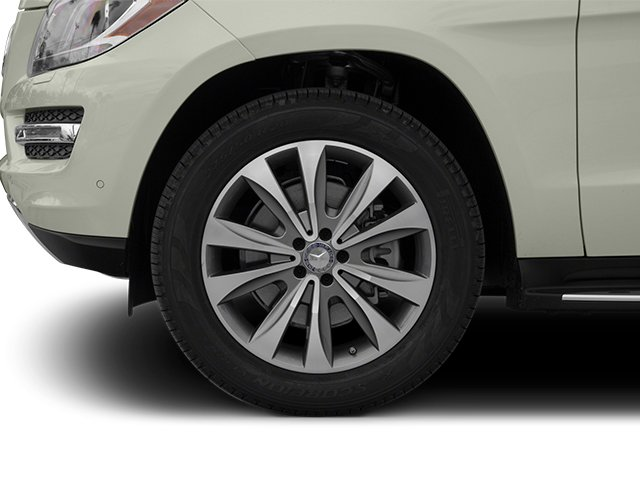 2013 Mercedes-Benz GL-Class Prices and Values Utility 4D GL450 4WD wheel