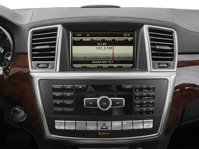 2013 Mercedes-Benz GL-Class Pictures GL-Class Utility 4D GL550 4WD photos stereo system