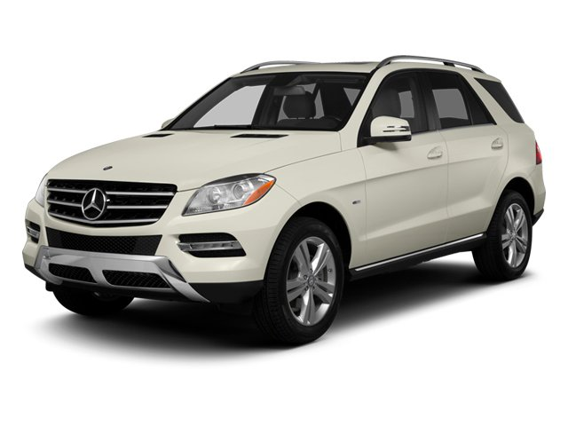 2013 Mercedes-Benz M-Class Pictures M-Class Utility 4D ML350 AWD photos side front view