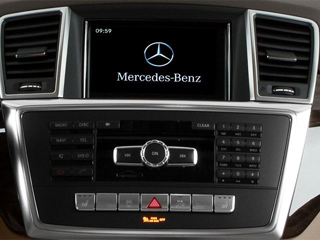 2013 Mercedes-Benz M-Class Pictures M-Class Utility 4D ML350 AWD photos stereo system