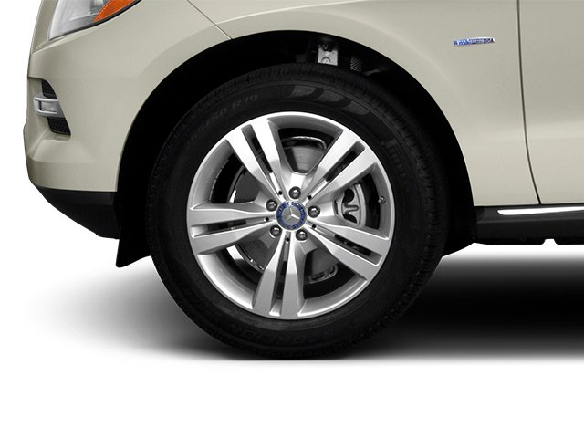 2013 Mercedes-Benz M-Class Prices and Values Utility 4D ML350 2WD wheel