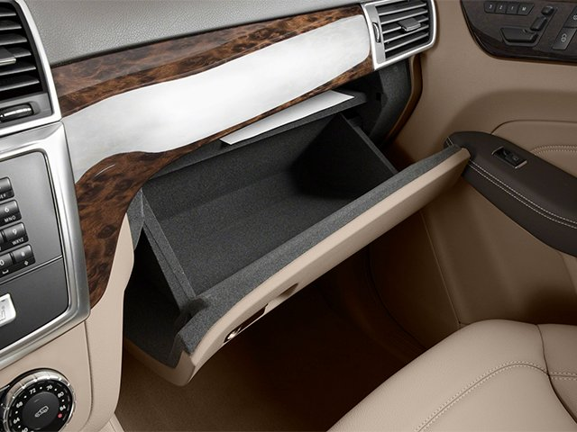 2013 Mercedes-Benz M-Class Prices and Values Utility 4D ML350 2WD glove box