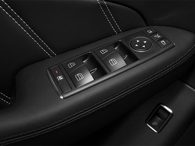 2013 Mercedes-Benz M-Class Prices and Values Utility 4D ML63 AMG AWD driver's side interior controls