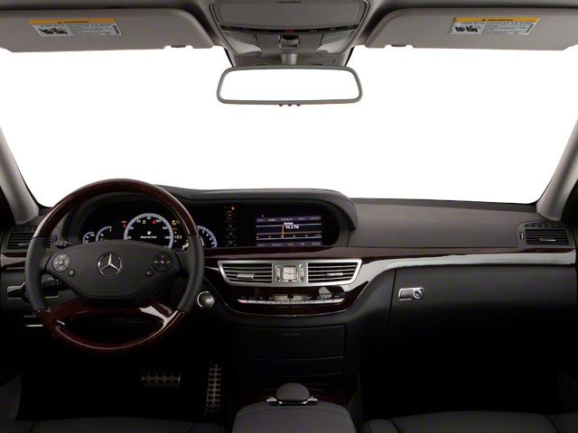 2013 Mercedes-Benz S-Class Pictures S-Class Sedan 4D S550 photos full dashboard