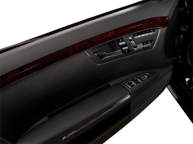 2013 Mercedes-Benz S-Class Pictures S-Class Sedan 4D S400 Hybrid photos driver's door