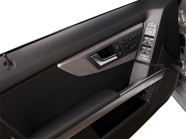 2013 Mercedes-Benz GLK-Class Prices and Values Utility 4D GLK250 BlueTEC AWD driver's door
