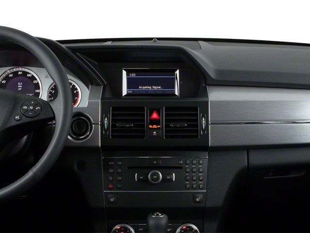 2013 Mercedes-Benz GLK-Class Prices and Values Utility 4D GLK250 BlueTEC AWD center dashboard