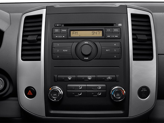2013 Nissan Frontier Prices and Values Crew Cab SV 4WD stereo system