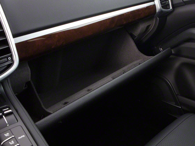 2013 Porsche Cayenne Prices and Values Utility 4D AWD (V6) glove box