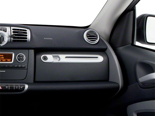 2013 smart fortwo Prices and Values Coupe 2D Passion passenger's dashboard