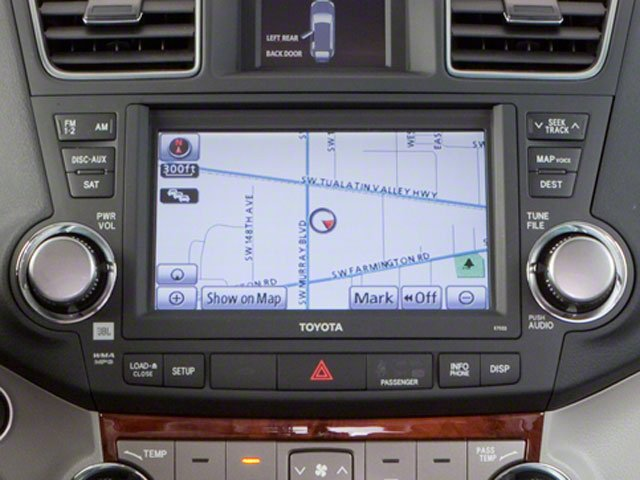 2013 Toyota Highlander Prices and Values Utility 4D Plus 2WD V6 stereo system