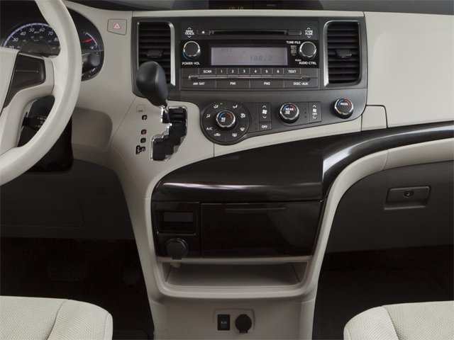 2013 Toyota Sienna Prices and Values Wagon 5D Limited V6 center console