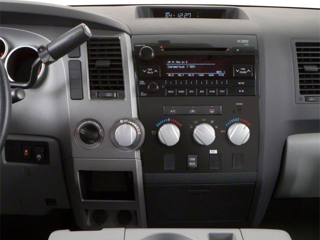 2013 Toyota Tundra 4WD Truck Pictures Tundra 4WD Truck Limited 4WD photos center console