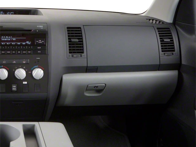 2013 Toyota Tundra 4WD Truck Pictures Tundra 4WD Truck Limited 4WD photos passenger's dashboard