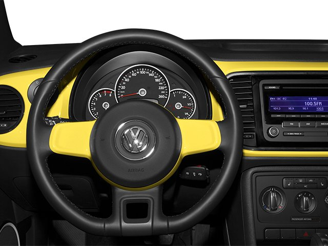 2013 Volkswagen Beetle Coupe Pictures Beetle Coupe 2D 2.5 I5 photos driver's dashboard