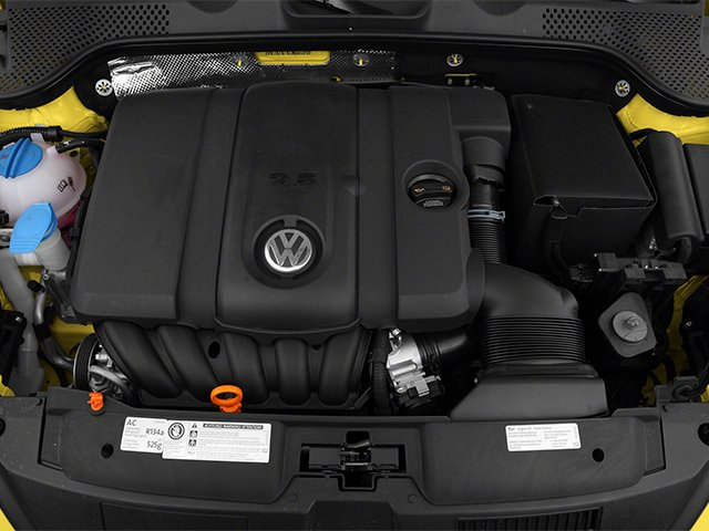 2013 Volkswagen Beetle Coupe Pictures Beetle Coupe 2D 2.5 I5 photos engine