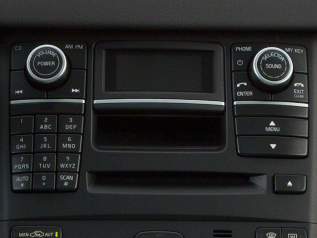 2013 Volvo XC90 Prices and Values Utility 4D 3.2 R-Design 2WD stereo system