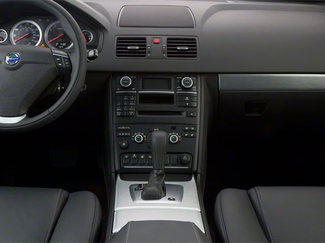 2013 Volvo XC90 Prices and Values Utility 4D 3.2 R-Design 2WD center console