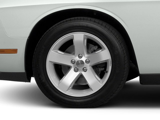 2014 Dodge Challenger Prices and Values Coupe 2D SXT V6 wheel