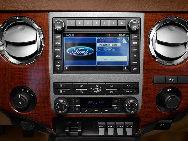 2014 Ford Super Duty F-350 DRW Prices and Values Crew Cab King Ranch 4WD stereo system