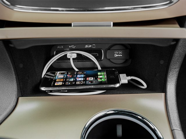2014 Jeep Grand Cherokee Pictures Grand Cherokee Utility 4D Limited 2WD photos iPhone Interface