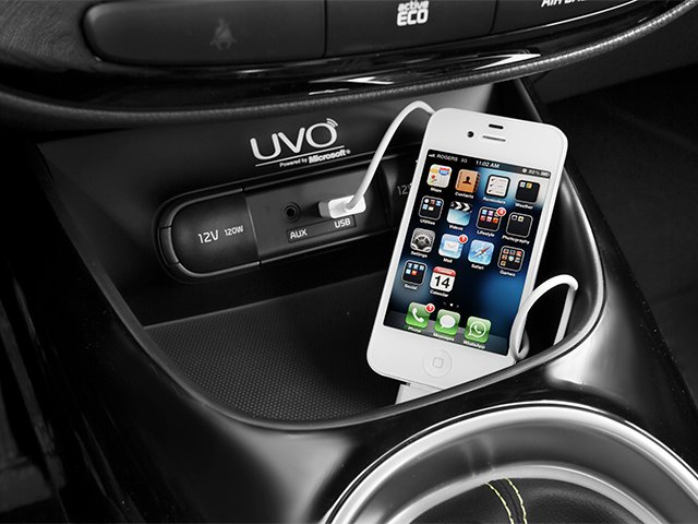 2014 Kia Soul Prices and Values Wagon 4D ! I4 iPhone Interface
