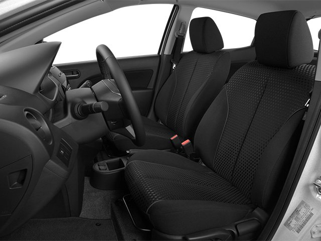 2014 Mazda Mazda2 Prices and Values Hatchback 5D Sport I4 front seat interior