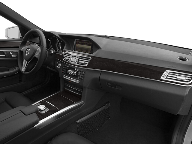 2014 Mercedes-Benz E-Class Prices and Values Sedan 4D E250 BlueTEC AWD I4 T-Diese passenger's dashboard