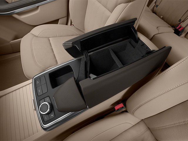 2014 Mercedes-Benz GL-Class Prices and Values Utility 4D GL450 4WD V8 center storage console