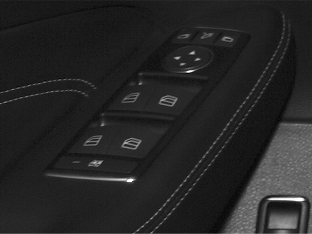 2014 Mercedes-Benz M-Class Prices and Values Utility 4D ML550 AWD V8 Turbo driver's side interior controls