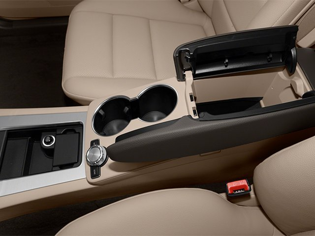 2014 Mercedes-Benz GLK-Class Prices and Values Utility 4D GLK350 2WD V6 center storage console