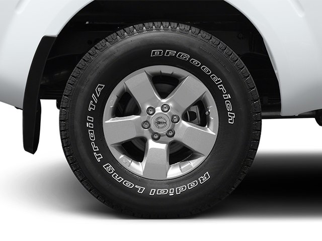 2014 Nissan Frontier Pictures Frontier King Cab SV 2WD photos wheel