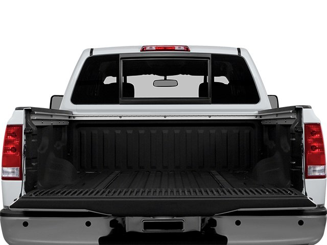 2014 Nissan Titan Prices and Values Crew Cab SV 4WD open trunk