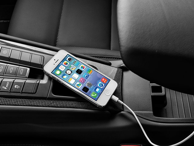 2014 Porsche 911 Prices and Values Coupe 2D Turbo S AWD H6 iPhone Interface