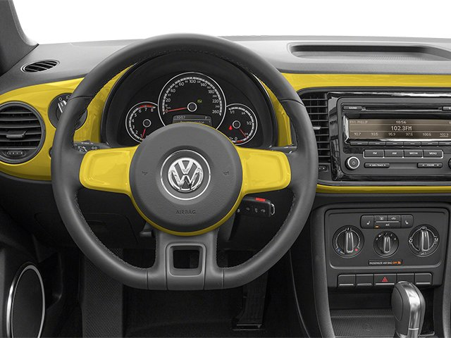 Volkswagen Beetle Convertible Coupe 2014 Convertible 2D 2.5 I5 - Фото 4