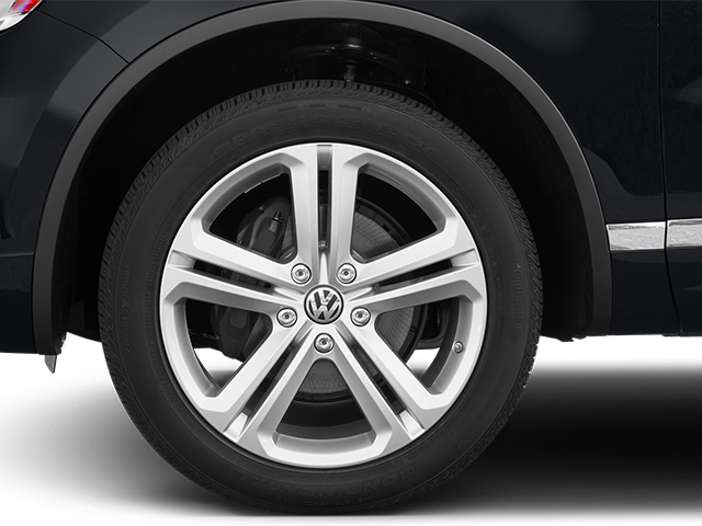2014 Volkswagen Touareg Prices and Values Utility 4D R-Line AWD V6 wheel