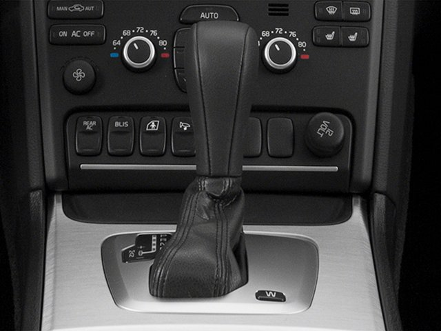 2014 Volvo XC90 Prices and Values Utility 4D 3.2 2WD I6 center console