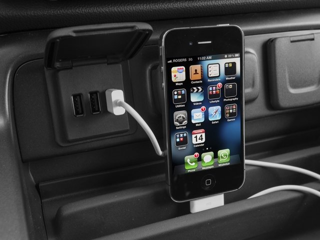 2015 Chevrolet Silverado 1500 Prices and Values Crew Cab LS 2WD iPhone Interface