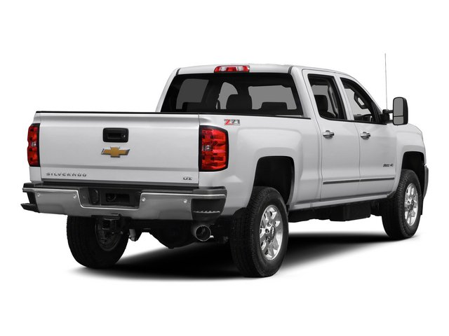 2015 Chevrolet Silverado 2500HD Pictures Silverado 2500HD Crew Cab LT 4WD photos side rear view