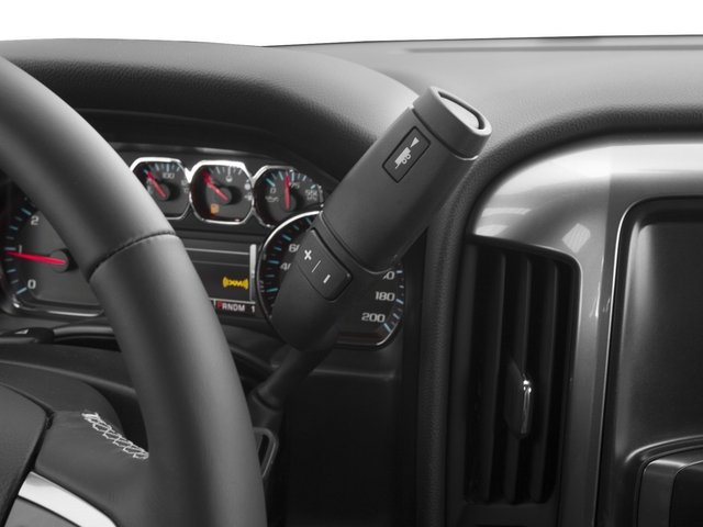 2015 Chevrolet Silverado 2500HD Pictures Silverado 2500HD Extended Cab LTZ 2WD photos center console
