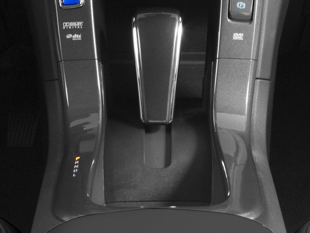 2015 Chevrolet Volt Pictures Volt Sedan 4D Premium I4 Electric photos center console