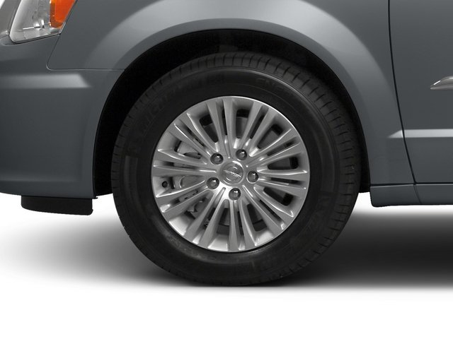 2015 Chrysler Town and Country Prices and Values Wagon Touring V6 wheel