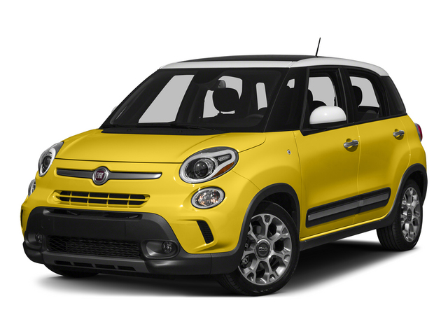 2015 FIAT 500L Pictures 500L Hatchback 5D L Trekking I4 Turbo photos side front view