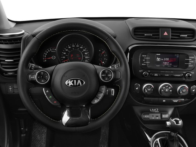 2015 Kia Soul Prices and Values Wagon 4D I4 driver's dashboard